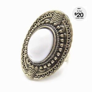 Jewelry - Victorian White Knuckle Ring ~ Antique Gold